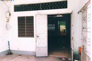 Cần bán gấp căn nhà cấp 4 (92m2) mặt tiền đường số 10, Phước Bình, quận 9 sổ hồng, giá: 2.3 tỷ