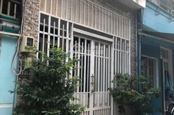 Bán nhà 2 mặt tiền đường Trịnh Thị Miếng - Hóc Môn, 136m2, sổ riêng, TC 100%, giá 1 tỷ 400 triệu