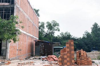 Cần vốn kinh doanh cuối năm bán gấp lô đất 105m2 sổ hồng riêng, gần UBND Phạm Văn Hai BV Chợ Rẫy II
