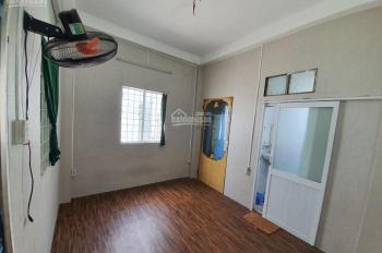 Cần cho thuê phòng đẹp, sạch sẽ, giá rẻ tại Lạc Long Quân, Q. 11, HCM