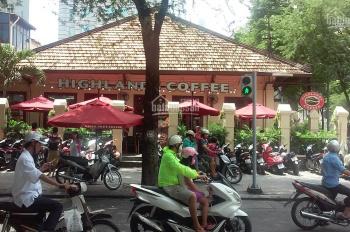 Bán nhà 182 Nguyễn Văn Thủ, quận 1, 18mx45m, giá 420 tỷ, 0901.449.811