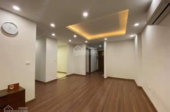 Chính chủ cần bán gấp căn hộ Ngoại Giao Đoàn DT 132m2, 4PN, 2VS giá 4,1 tỷ, full nội thất cao cấp