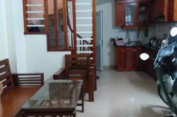 Chính chủ cần bán nhà mặt phố Trần Cung 35m2 x 5 tầng được lộc vô cùng đẹp - LH 0989319818