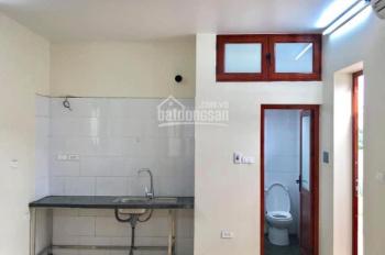 Cho thuê phòng giá 1,6tr - 2.2tr/th ngõ 185 Chùa Láng, gần Nguyễn Chí Thanh, Trần Duy Hưng