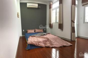 Phòng full nội thất, hẻm ô tô, thang máy, sàn gỗ Nguyễn Trãi Quận 1