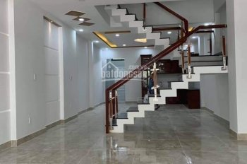 Bán nhà lầu mặt tiền đường DX, gần bệnh viện 1500 giường TP Thủ Dầu Một