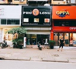 Cho thuê nhà mặt phố Trần Huy Liệu, kết hợp sang nhượng, vị trí cực đẹp, vỉa hè rộng. LH 0832533884
