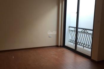 Nhà cao cấp ngã tư Lê Văn Lương - Láng Hạ, sổ đỏ 40m2 xây 5 tầng mới, 7 phòng, 3WC, cách phố 100m
