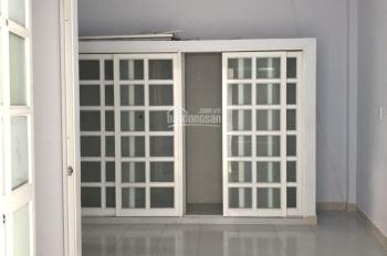 Nhà 1 lầu 3 phòng ngủ đường Trường Chinh 8tr