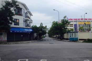 Chính chủ cho thuê nhà tại Khu đô thị Xuân Phương, DT : 150m2, mặt tiền : 30m,LH: 0975499708