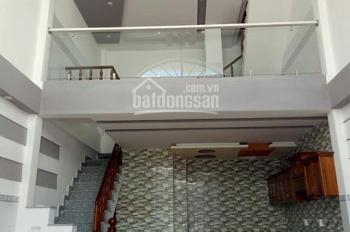 Bán nhà 1 trệt 1 lửng 1 lầu tại Đức Hòa, Long An