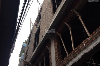 Còn duy nhất 1 căn ở Xuân Phương nhà xây mới ưa nhìn 42m2 * 4T. Giá 2,45 tỷ. LH 0904550486