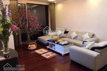 CC cần cho thuê gấp căn hộ tại Royal City, R2, DT 150m2, 3PN, full đồ, giá 30 tr/th. LH 0949170979