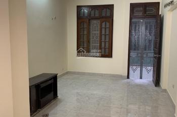Cho thuê nhà ngõ 1 Ngụy Như Kon Tum, 55 m2 xây 5 tầng, 5 ngủ, full ĐH, NL, 20 triệu/th