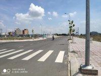 Bán gấp 2 nền nhà phố MT Kênh Tân Hóa, Tân Phú, đối diện Đầm Sen. Giá tốt từ 35tr/m2.LH: 0707447985