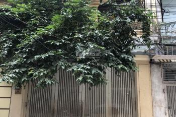 Nhà riêng ngõ 651 Minh Khai phù hợp làm văn phòng 55m2 x5 tầng + sân 25m2, 18 tr/th, LH 0967913189
