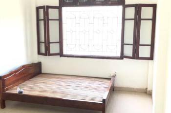 Cho thuê phòng phân lô Đê La Thành, gần đại học Giao Thông Vận Tải 20m2 đủ đồ 2.7tr/tháng