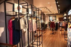 Cho thuê Phan Đình Phùng 18m2, MT 3m giá  18tr/th nằm dãy lẻ khu phố thời trang. LH: 0922199333