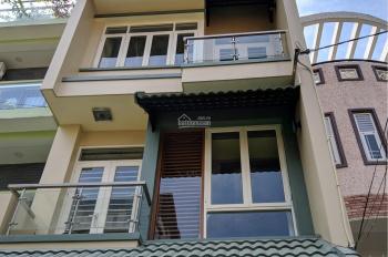 Cho thuê nhà mặt tiền đường C18 - khu K300 phù hợp làm VPCT. LH: 0906693900