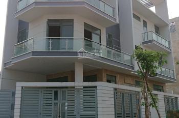 Cho thuê nhà mặt phố Trần Bình Trọng, vị trí đẹp, nội thất hiện đại. DT: 115m2 x 3T, MT: 12,5m