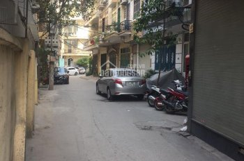 Bán gấp nhà ngõ phố Yên Lạc, ô tô đỗ cửa, giá chỉ 5,3 tỷ!