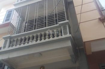 Cho thuê nhà mặt ngõ 110 phố Trần Duy Hưng, diện tích 60m2 x 4 tầng, làm VP và kinh doanh