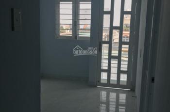 Phòng trọ 33, 20m2 sạch đẹp, lối đi riêng tự do, có khu vực bếp, KV sân thượng 1.5tr/th