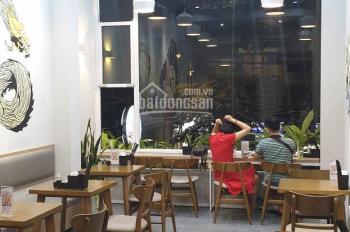 Cho thuê và sang nhượng nhà hàng mặt phố Giảng Võ 80m2, 4 tầng, mt 4,5m, giá thuê 55tr/th
