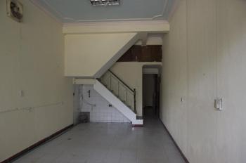 Chính chủ cho thuê nhà nguyên căn mặt đường Giải Phòng - quận Thanh Xuân - Hà Nội. LH: 0983644936