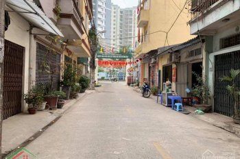 Tôi cần bán nhà đẹp phố Thanh Đàm ngõ ô tô 5 bước chân gửi ô tô 10m, 1,9 tỷ