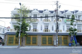 Bán nhà mặt phố tại đường Võ Thị Sáu, thị xã Dĩ An, nhà có ngân hàng hỗ trợ 60%. LH 0911181836