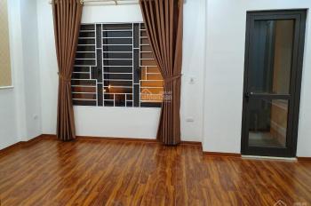 Bán nhà liền kề khu đô thị Văn Khê 50m*5 tầng, đường 12m, ô tô vào nhà giá 4,5 tỷ lh 0904959168