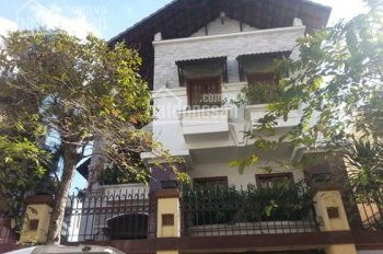 Cho thuê Biệt thự 25 Hoa Lan gần Hoa Sứ Quận Phú Nhuận Diện tích: 8x20, villa trệt, 3 lầu, sân thượ