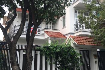 Cần cho thuê biệt thự Pháp Vân DT 120m2 x 3,5 tầng, giá 45 triệu/tháng