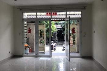 Bán nhà phố đẹp đường lớn KDC 6B Intresco, giá 8 tỷ LH: 0908444222 aNH Đại