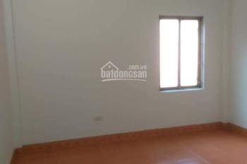 Cho thuê nhà riêng 5 tầng Lĩnh Nam, full nội thất giá 8 triệu/tháng