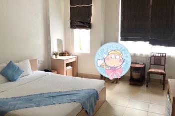 Cần sang lại khách sạn làm kinh doanh tại Bàu Cát, Tân Bình, TP. HCM.Diện tích 240m2. LH 0915270000