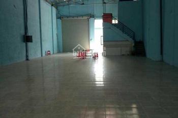 Cho thuê nhà xưởng 400 m2 Hóc Môn