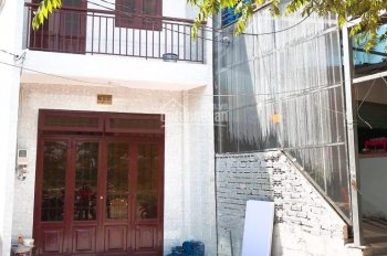 Cho thuê nhà nguyên căn - mặt tiền 30 mét ở Quận Gò Vấp