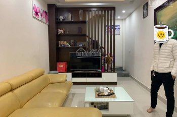 CC bán nhà Đào Tấn-Ba Đình 35m2*6T nhà mới đẹp,gần phố,ngõ thông 3.6 tỷ. LH: 0379947218