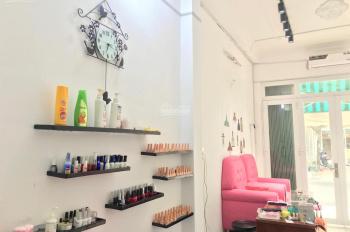 Mặt bằng kinh doanh Quận 7 40m2 - nail - tóc - spa