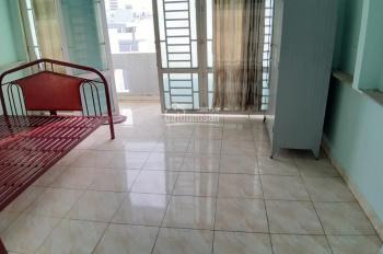 Cho thuê phòng trọ ngay ngã tư Phan Huy Ích Quang Trung, có máy lạnh