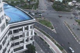 Chính chủ bán gấp căn hộ SC Bxx-02 38m2 view hồ bơi, giá chỉ 1.750 tỷ đã nhận nhà. LH 0938331045