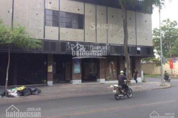 Cho thuê nhà 3 tấm siêu lớn mặt tiền đường Quốc Hương, P. Thảo Điền, Q. 2