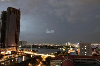 Cho thuê căn hộ SaiGon Royal- 2 phòng ngủ - view sông gía 28triệu/tháng LH 089946669
