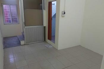 Chính chủ cho thuê nhà 2 tầng 30m2 Hoàng Hoa Thám, Ba Đình, Hà Nội lh: 0966565589