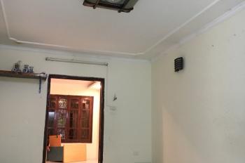 Cho thuê căn hộ tại tập thể 98m2, 3PN Trung Tự, Đống Đa, Hà Nội. Liên hệ: 0932250809