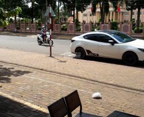 Vì mê cá độ, Bán gấp căn nhà MT Trần Hưng Đạo, gần công an tỉnh Bình Phước, đang cho thuê 7tr/th
