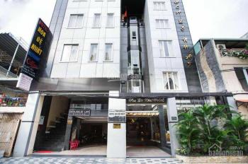 Bán khách sạn 3 sao cao cấp đường Hoàng Việt gần sân bay