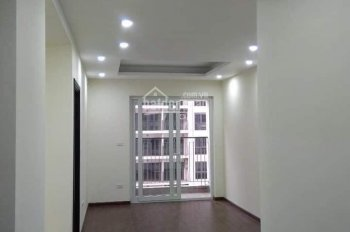 Tôi chính chủ cần cho thuê gấp căn hộ ban công Đông Nam, tầng trung. LH 0329 339 998